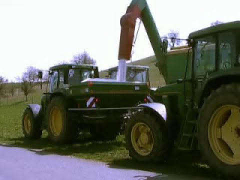 Amazone Mounted Fertiliser Spreader