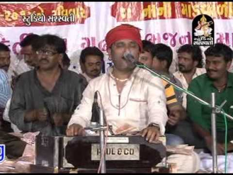 Kirtidan Gadhvi - Saad Karu Tya Aavje Mogal - Santvani - Nani...