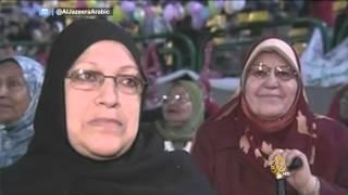 كبار الشعراء العرب نظموا شعراً للأم وجعلوا منها رمزاً