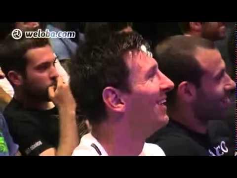 Xavi Hernandez Crying In Farewell Puyol 15/05/2014