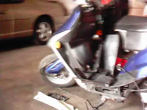 crazy mod on a 50cc scooter!!!!