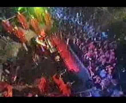 Pet Shop Boys - It Doesn&#039;t Often Snow At Xmas (Live 2000)