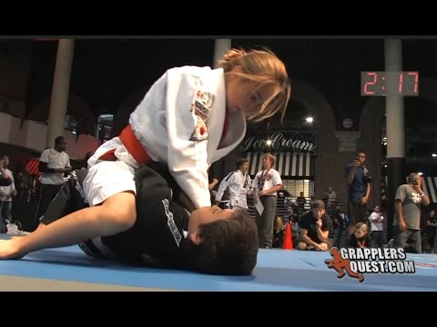 Girl vs. Boy SUBMISSION: Bianca LeBosnoyani vs Anthony Garcia Grapplers Quest Las Vegas 2011