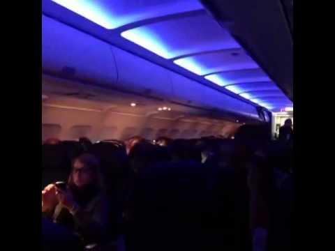 Heathrow Passenger Stuck on plane - Heathrow Air space closed #heathrowairport #Heathrow