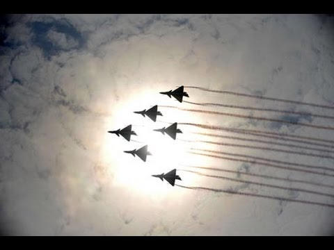 J-31 improved jets in Zhuhai Air Show china military war in future 殲31改進型高仿真模型显示未来优化方
