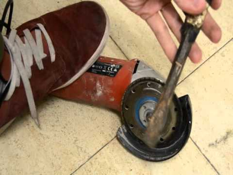 Como aflojar disco de radial atascados