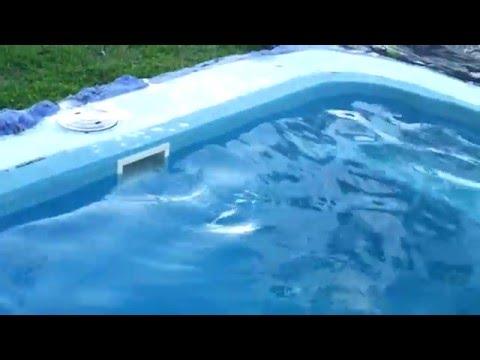 바누아투 강진-수영장 물의 흔들림