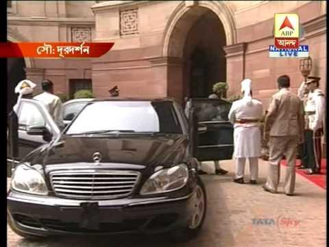 Pranab Mukherjee enters Rashtrapati Bhawan