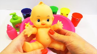 Baby Doll Bathtime Clay Slime Surprise Learn Colors How to Bath a Baby Toy Videos | Учим цвета