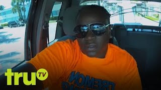 South Beach Tow - Senior Citizen Crashes And Burns