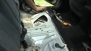 2004 Mitsubishi Galant Fuel Pump location testing.  What color wire matters.