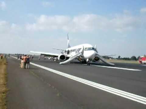 Ewakuacja Pasażerów Samolotu Do Grecji W Poznaniu