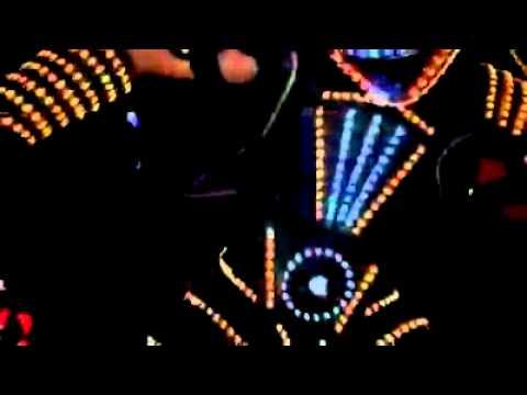 Lightning man Twins the robots alla discoteca Etoile@19/10/2013@animazione futuristica