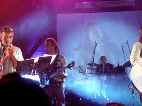 Aa bhi jaa-Lucky Ali live  XIMB (Xpressions 2011)