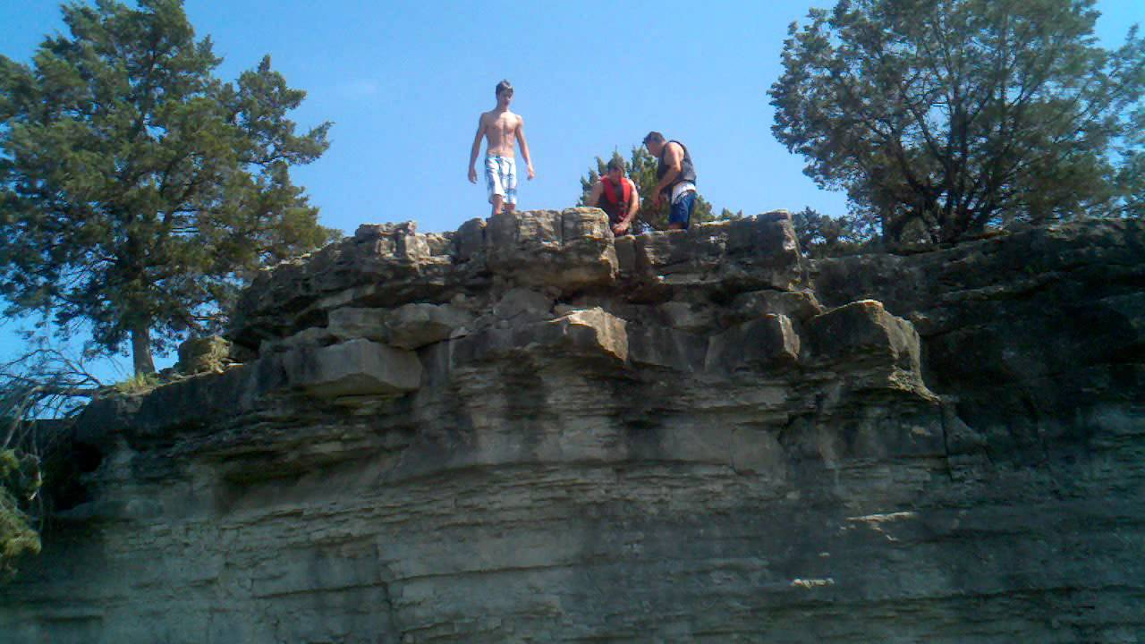 Cliff Jumping On Table Rock Lake May 2012 Youtube