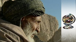 The USA's Dodgy Dealings With Afghani Drug Lords (2002)