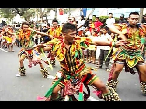 Pawai Budaya Fky - Jathilan Buto Krincing Aswo Pradonggo Badran - Festival Kesenian Yogyakarta [hd] video