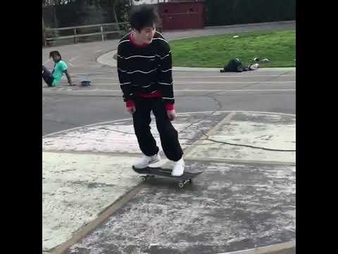 Style for days @versace_plug 🔥   Shralpin Skateboarding