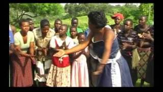 Engiri Nungi Ketty Mbuga Ugandan Music {GERALD LEE}