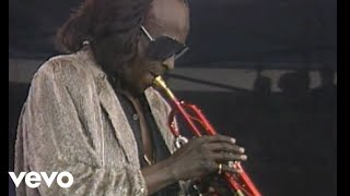 "Miles Davis - 1986.06.15 Amnesty International Benefit Concertから""One Phone Call/Street Scenes""の映像を公開 thm Music info Clip"