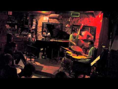 Maldataskull -Una Excusa Cualquiera- Live Altxerri 20-09-14