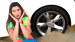 Car BROKEN DOWN Mom Stuck in the sand Power Wheel | Max and Nikita for help