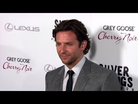 Bradley Cooper Voted Man with World's Sexiest Hair - Splash News