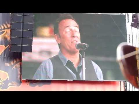 Bruce Springsteen - Thunder Road (Piano Version) - Hyde Park 14th July 2012