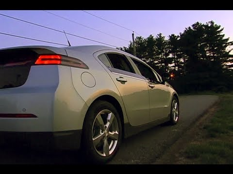 2011 Chevy Volt Review