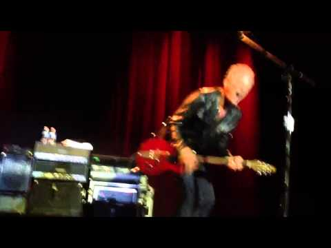 Lindsey Buckingham - guitar solo - Go Your Own Way - from Front Row