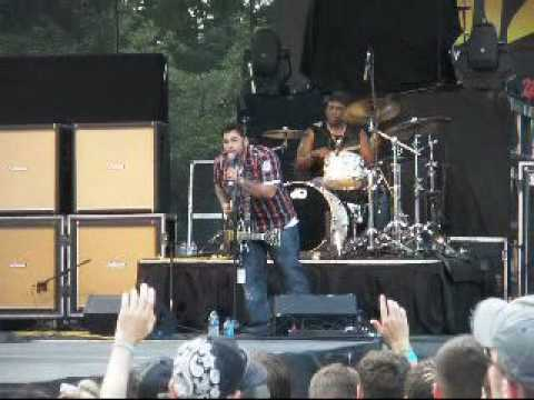 Seventh Day Slumber - Mighty To Save
