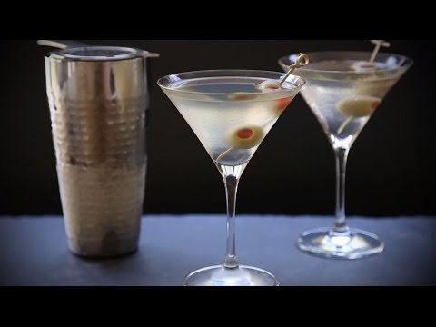 Cocktail Recipes - How To Make A Dirty Martini