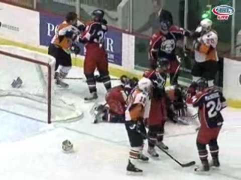11-1-09 Adirondack Phantoms vs Syracuse Crunch Scrum Video