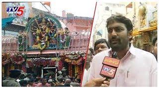 GHMC Deputy Mayor Baba Fasiuddin Face To Face Over Arrangements for Lashkar Bonalu 2019