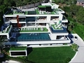 Lagu Perks Galore Inside 250 Million Dollar Mansion