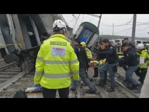 Al menos 3 muertos tras el descarrilamiento de un tren en Milán