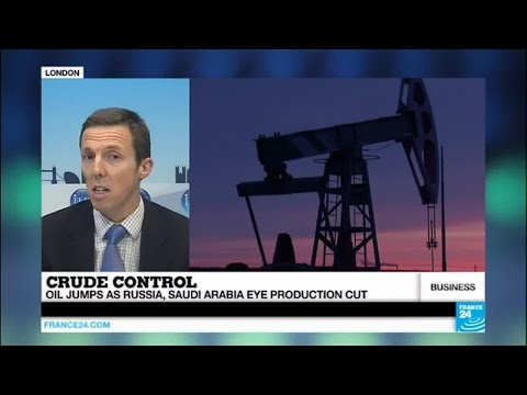Falling oil prices: could oil producers accept the production cut considered by Moscow and Riyadh?