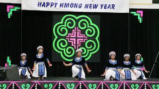 Wausau Hmong New Year 2017-2018 - Ntxhais Qaum Ntuj