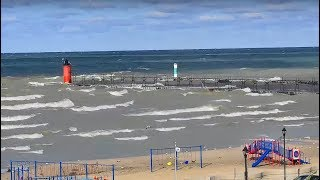 LIVE: Gale Warning on Lake Michigan 10-15ft. waves...South Haven, MI