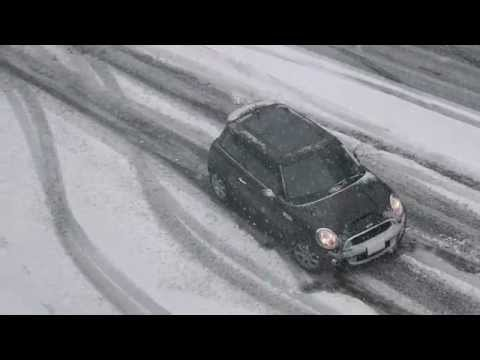 Seattle Drivers in Two Inches of