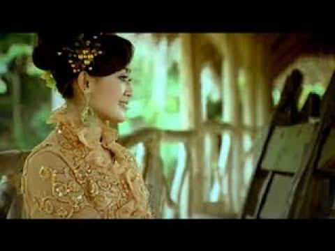 Dian Kusuma - Nutut Ngiyup (Official Lyric Video)