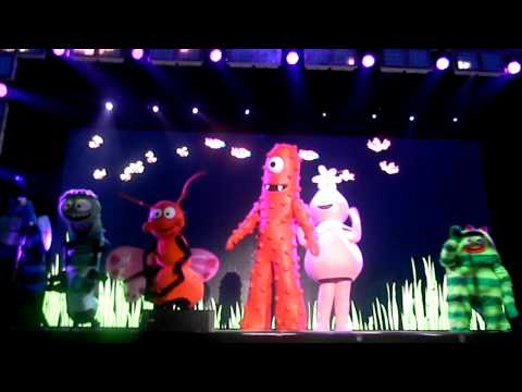Yo Gabba Gabba - I Love Bugs - Live!!!!! video