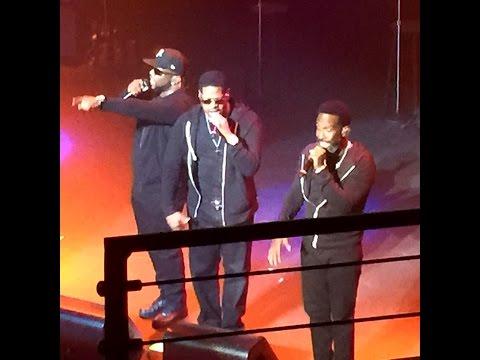 Boyz II Men - On Bended Knee (live at Nokia Club) 2015