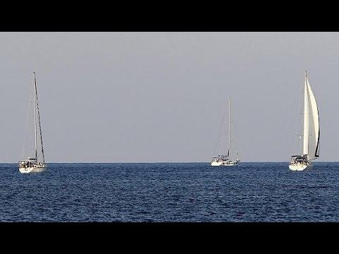 Aid flotilla approaches Gaza