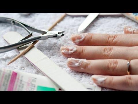 Manicure oraz pielęgnacja dłoni