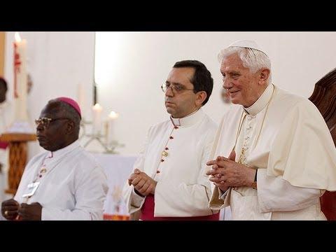 Apostolic Journey to Benin - Day 2: Nov. 19, 2011