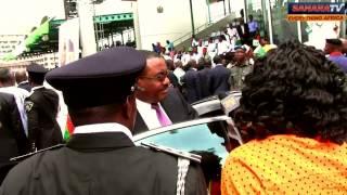 Adeola confronts Hailemariam Desalegn in Nigeria