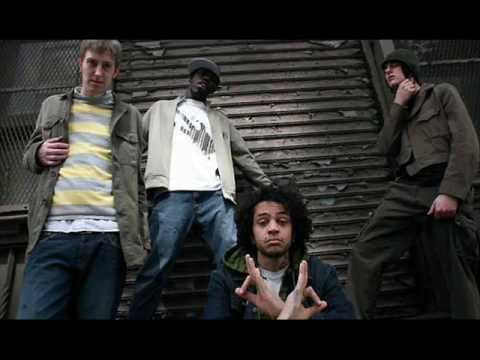 Gym Class Heroes - Kissin