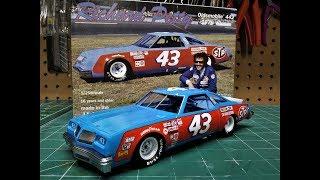 Richard Petty Oldsmobile 442 1979 Winner STP #43 1/25 Scale Model Kit Build Review