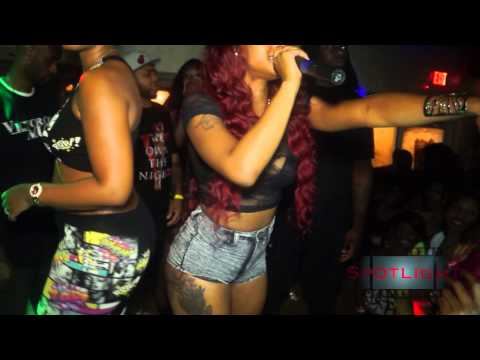 Twerk Team (tour Magazine) video
